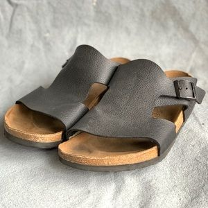 Birkenstock's black leather birkies